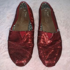 0ed6ec2db5f Toms red glitter sparkle slip on shoes women s 9